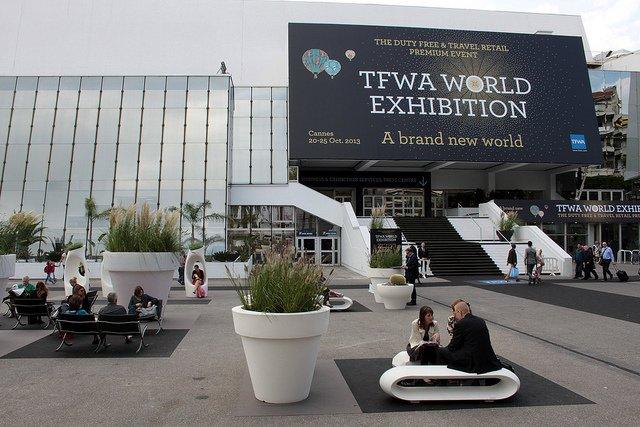 Entrée de la Tax Free World Exhibition 2013 à Cannes.