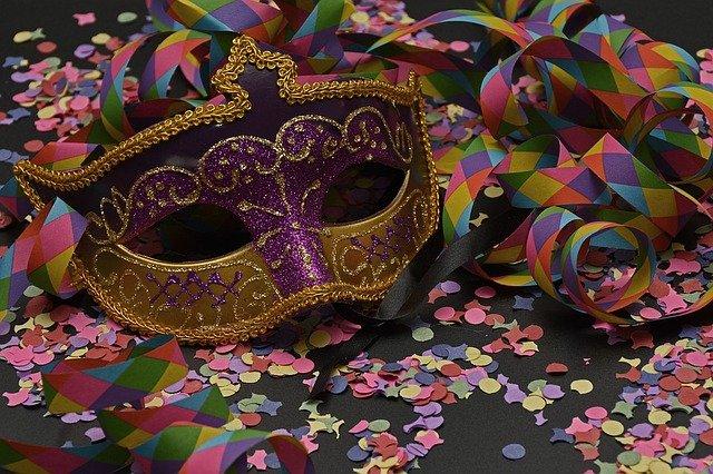 Masque et confettis du Carnaval
